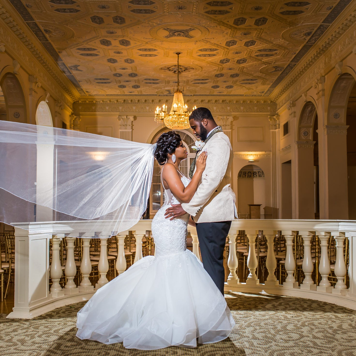 Bridal Bliss: Kendra and Jonathan Made Memories With Their Black Tie Ballroom Ceremony