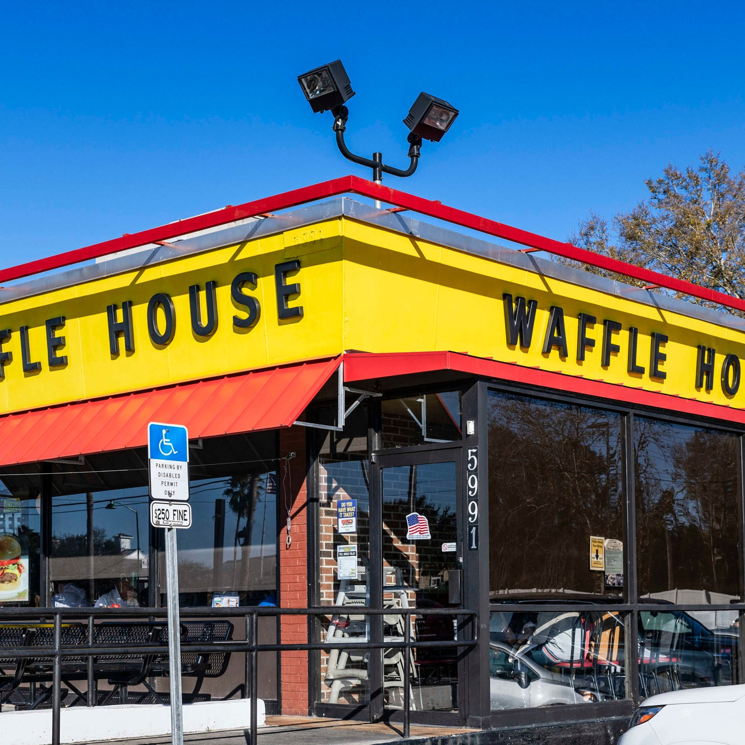 Black Woman Manhandled By Police In Alabama Waffle House Sues Restaurant