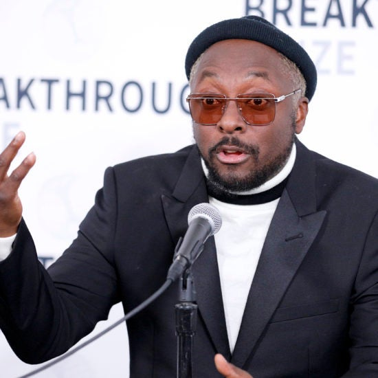 Will.i.am Accuses Qantas Airline Flight Attendant Of Racism