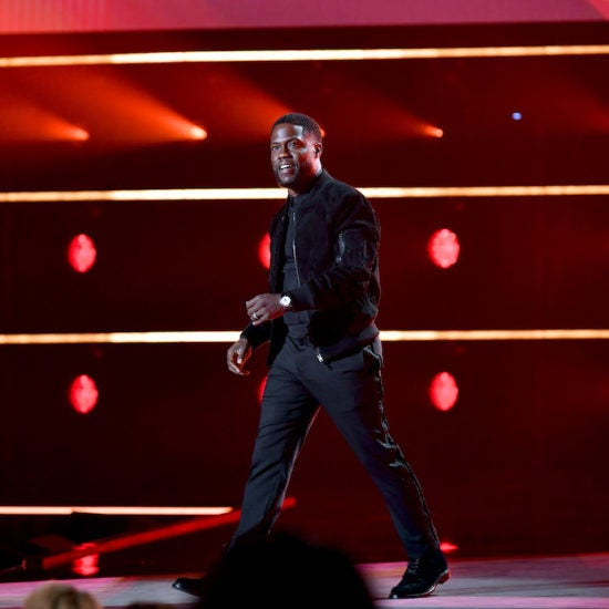 Kevin Hart Makes First Public Appearance Since Car Accident