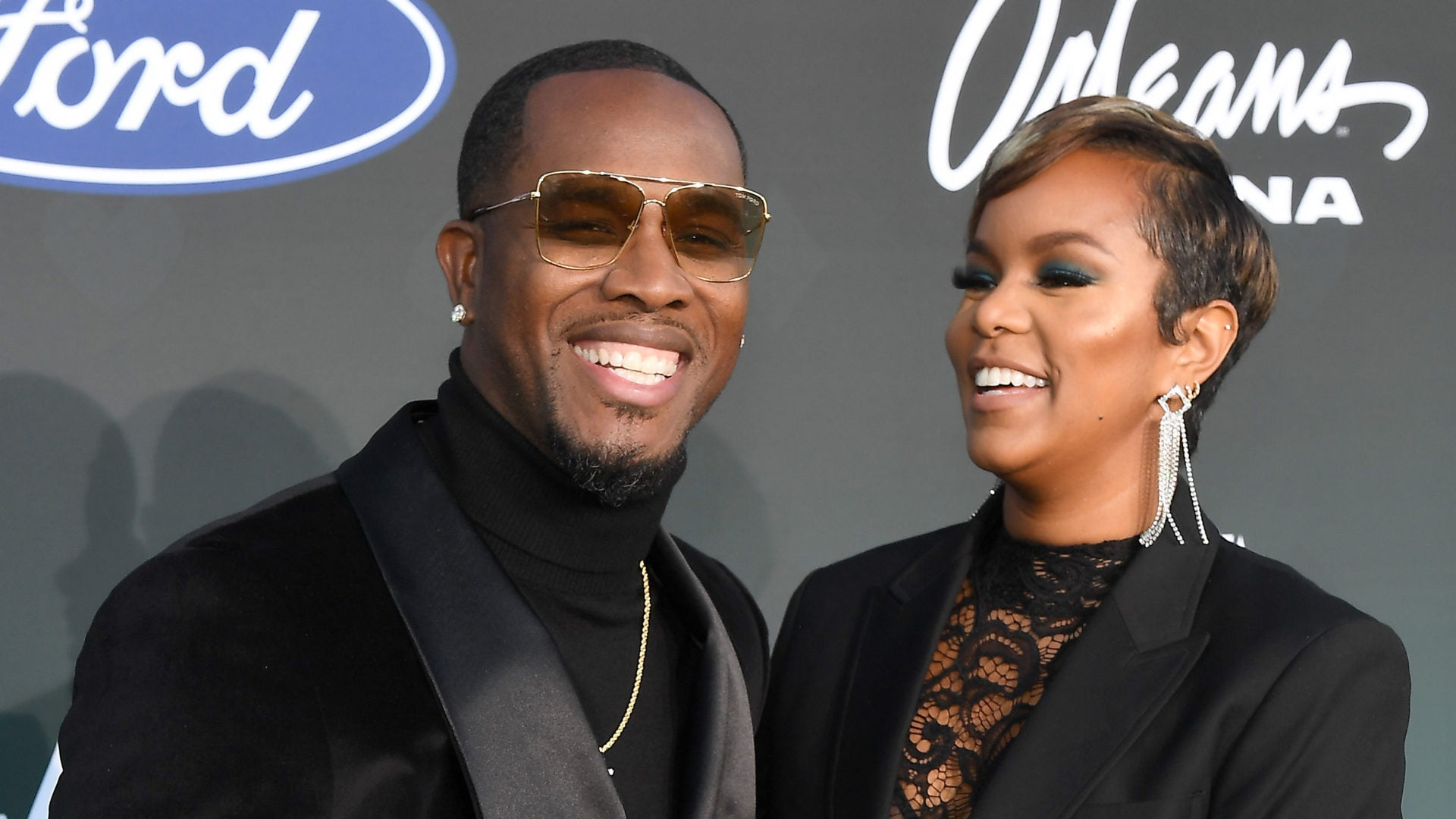 Check Out These Beautiful Couples On The 2019 Soul Train Awards Red Carpet