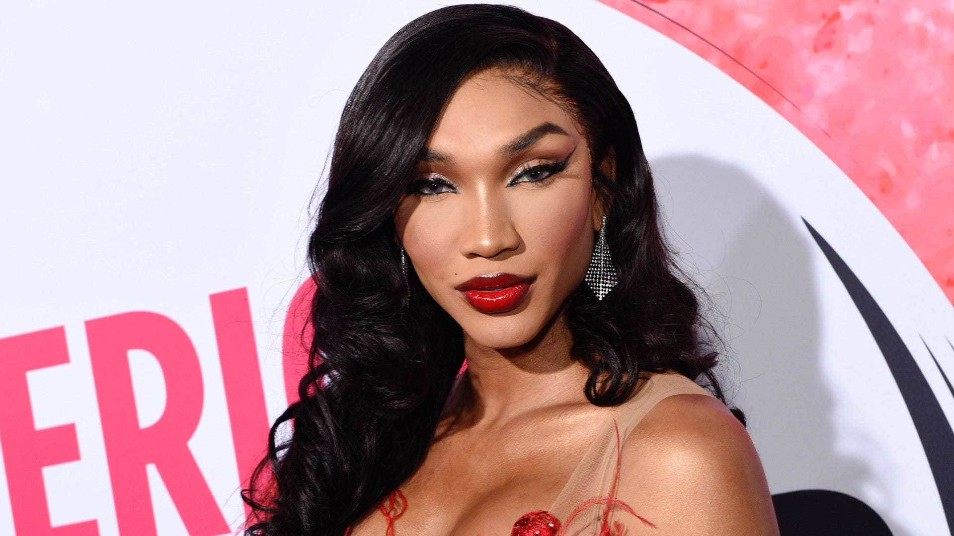 Beauty Influencers Slayed On The Pink Carpet At The 2019 American Influencers Awards
