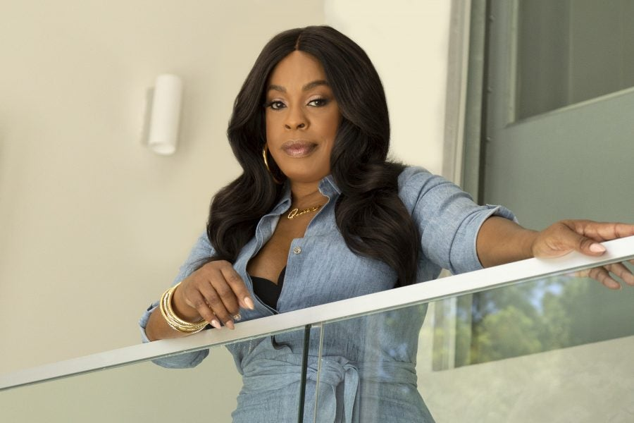 Niecy Nash Witnessed Her Mother's Domestic Violence Incident As ...