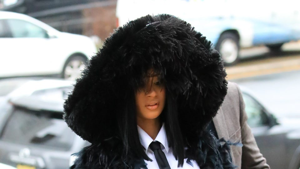Cardi B Shows Up To Court In A Feathered Train