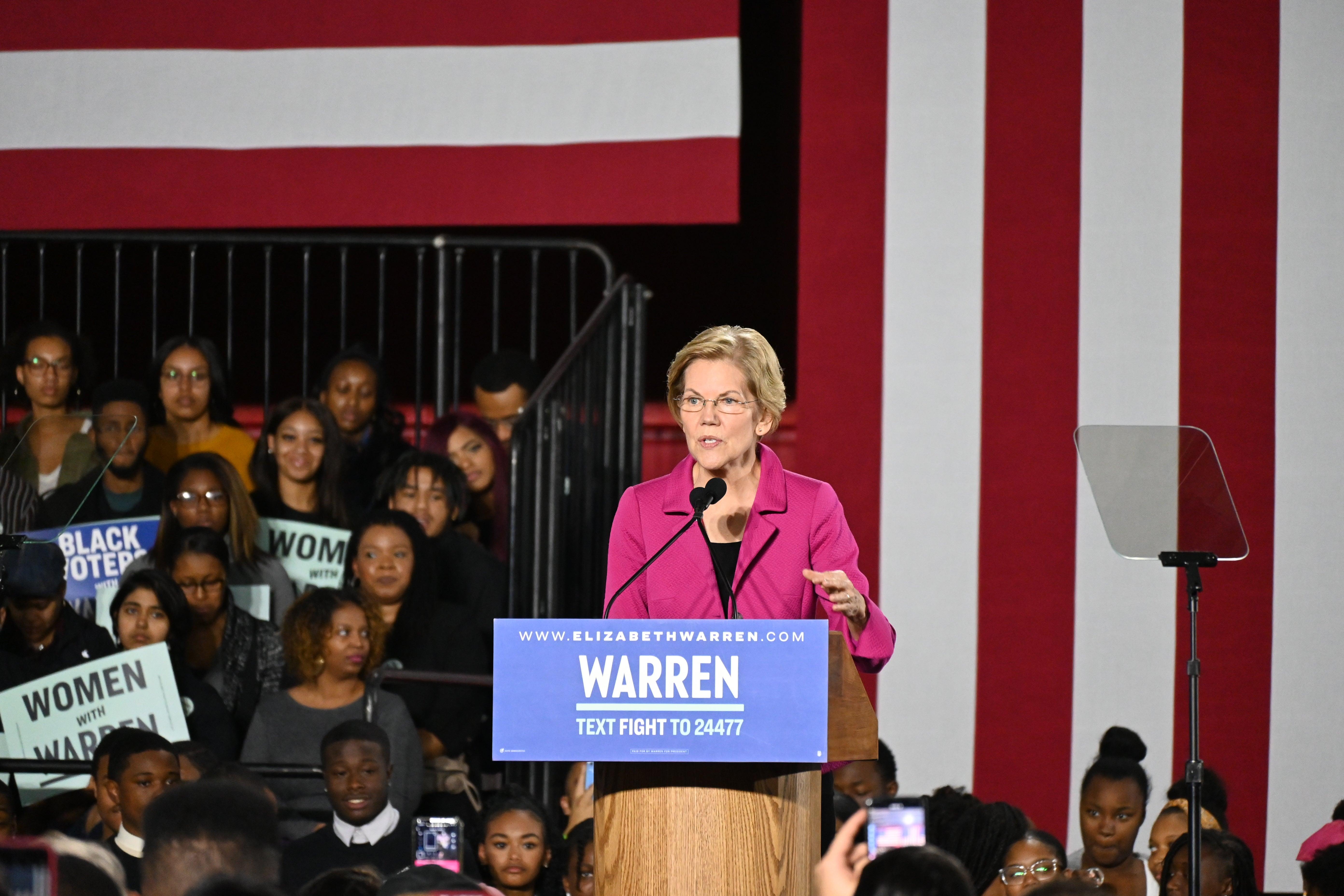 Sen. Elizabeth Warren takes the stage in Atlanta, GA to share the story of Atlanta's Washerwomen Strike.