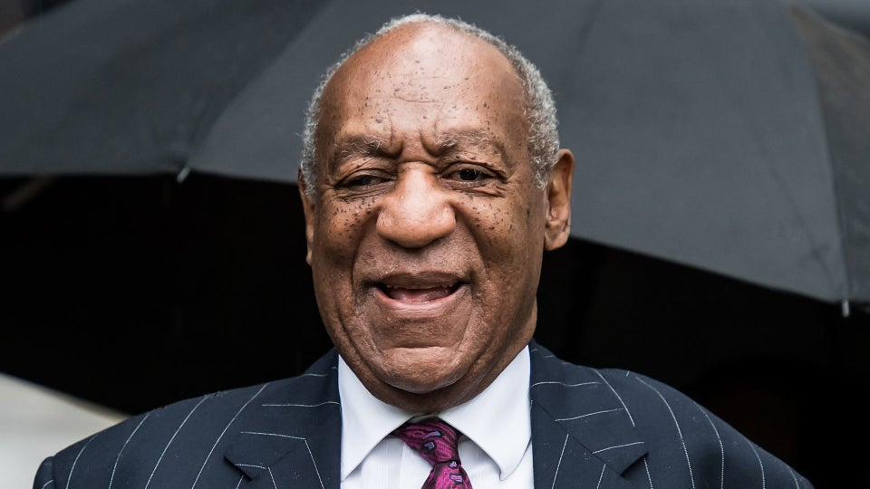 Bill Cosby's Spokesman Claps Back At Eddie Murphy After SNL Joke, Calls Him A 'Hollywood Slave'