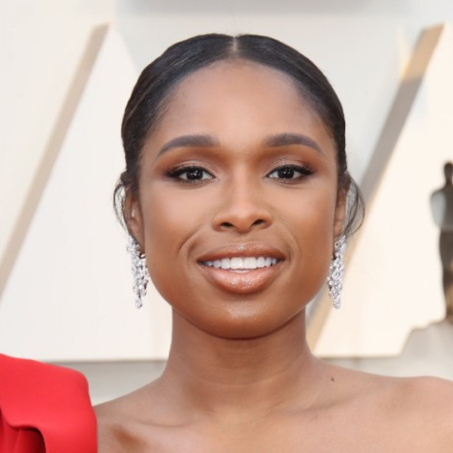 'Cats' Star Jennifer Hudson Has The Purr-fect Holiday Hair Inspiration