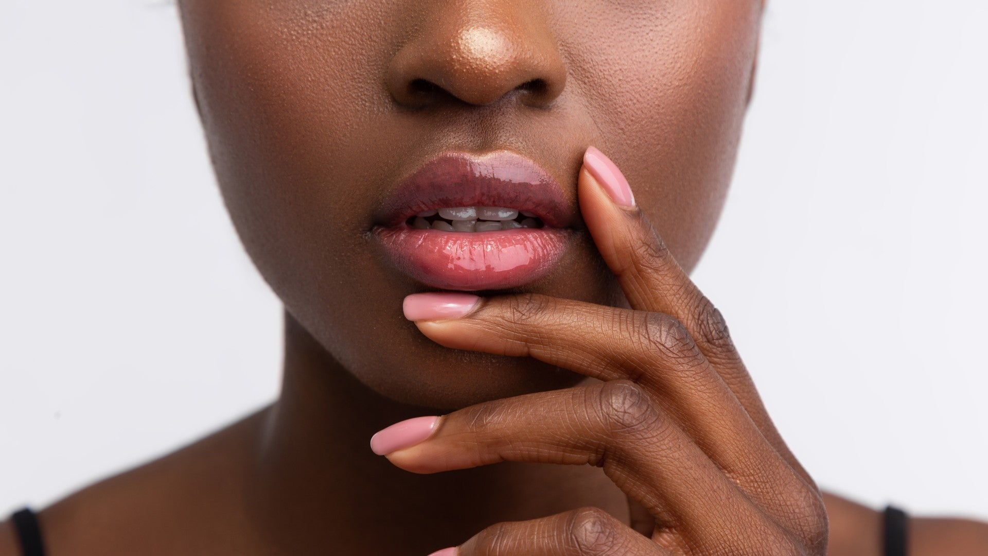 The Best Scrubs For Dry Lips