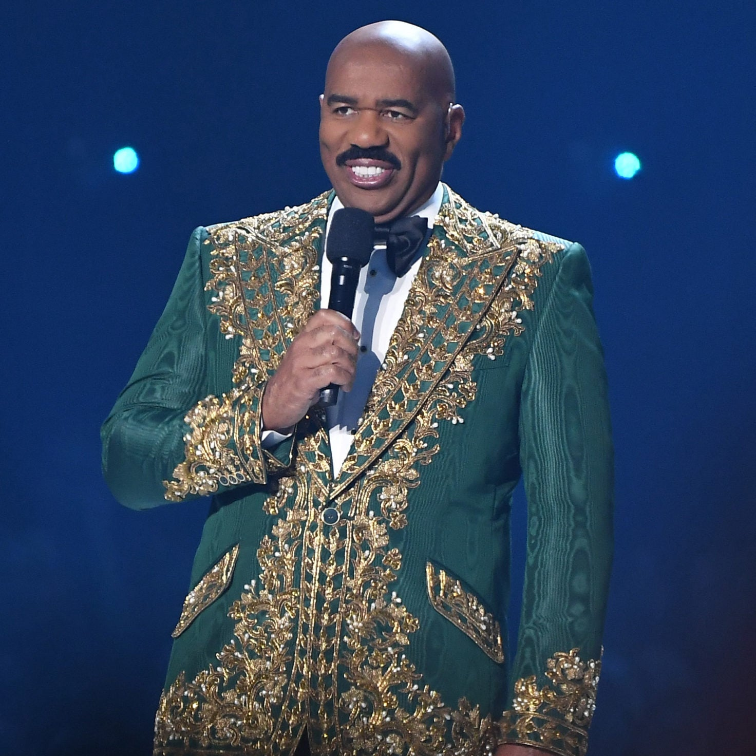 Steve Harvey Seemingly Mixes Up Names Of Miss Universe Contestants Again: 'Quit Doing This To Me'