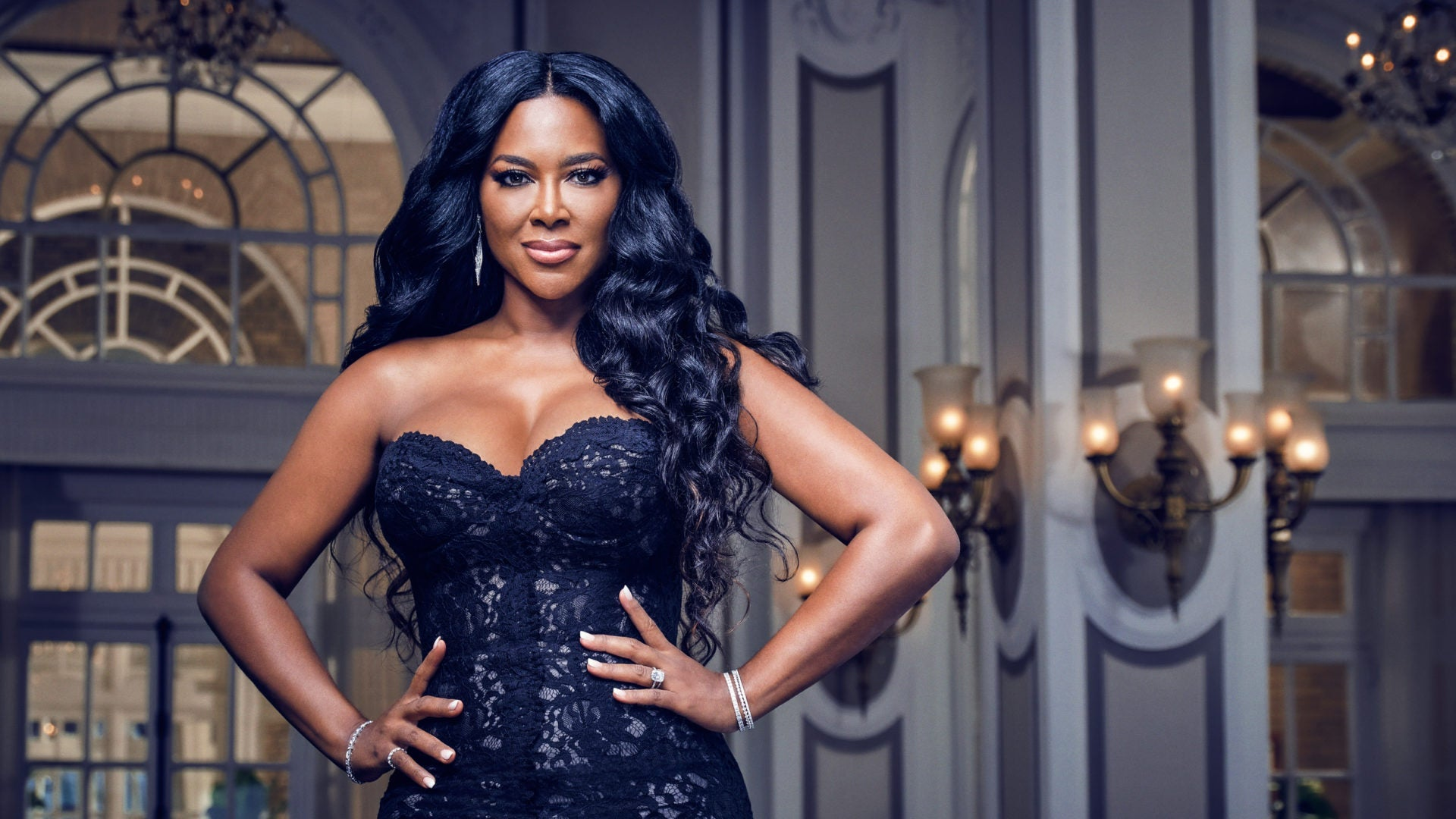 Kenya Moore Is Fighting For Your Edges