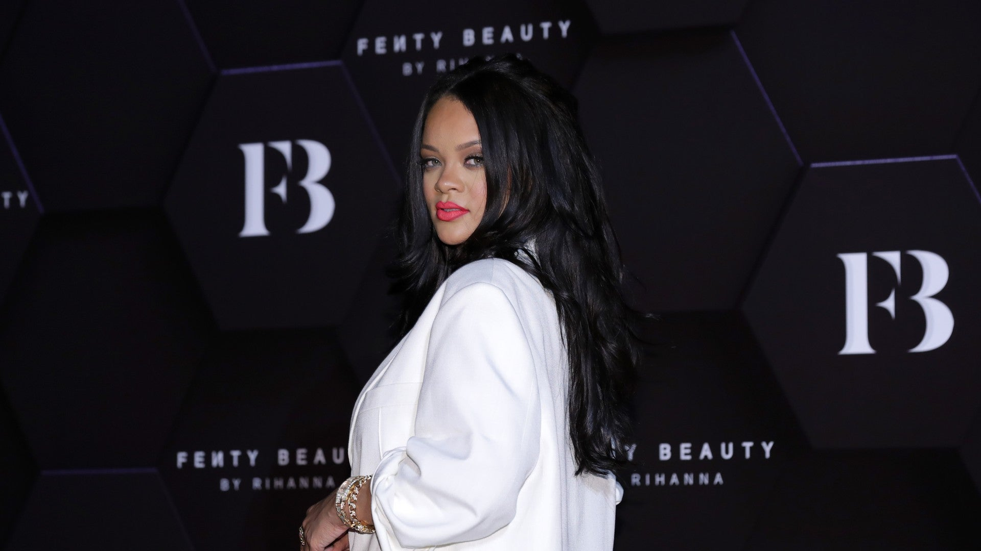 Rihanna Gives Fans The Chance To Get Glammed By Her Squad