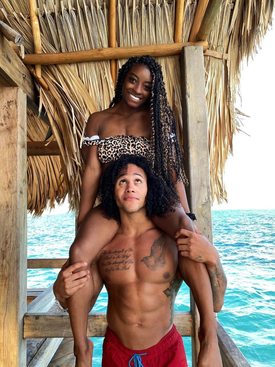 Simone Biles' Belize Baecation Is Too Cute For Words