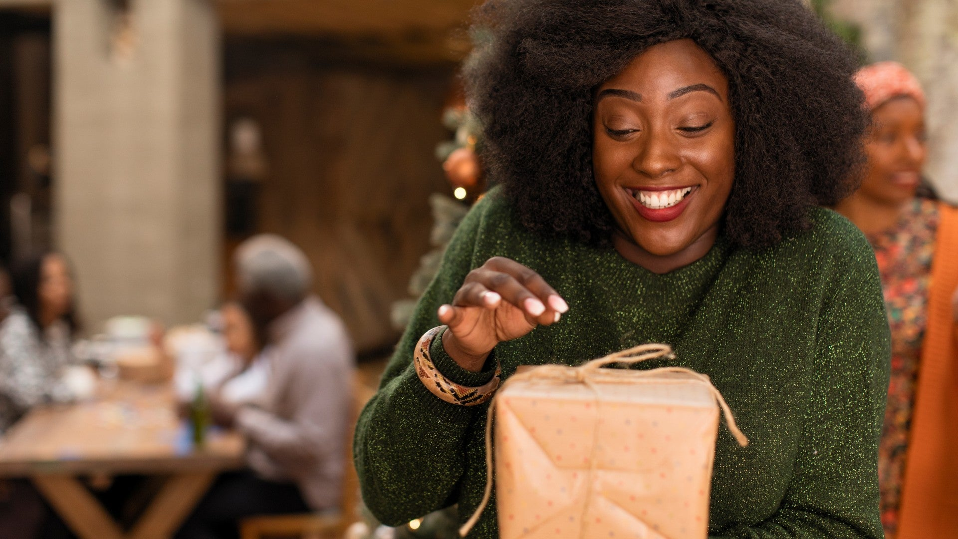5 Beauty Items You Wish You'd Gotten For Christmas