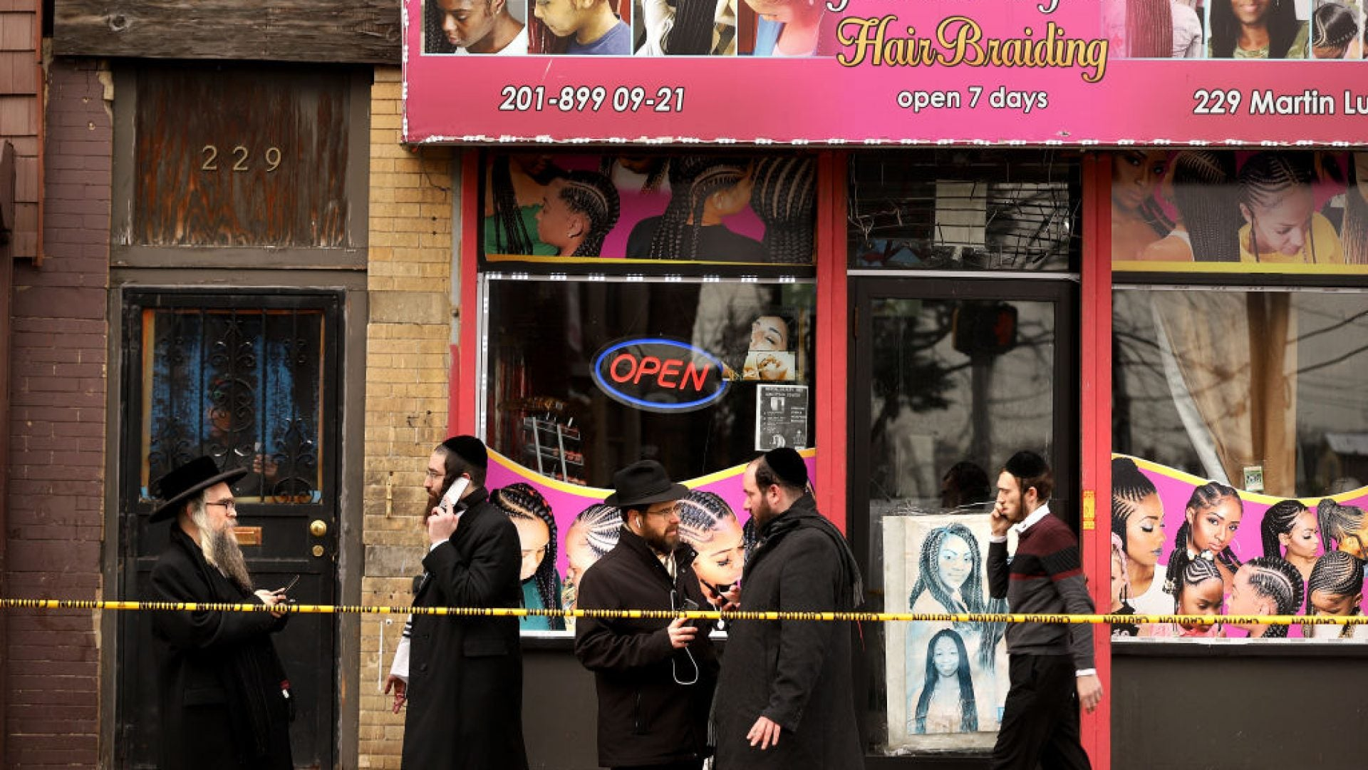 Jersey City Shooting Suspects Allegedly Targeted Kosher Bodega