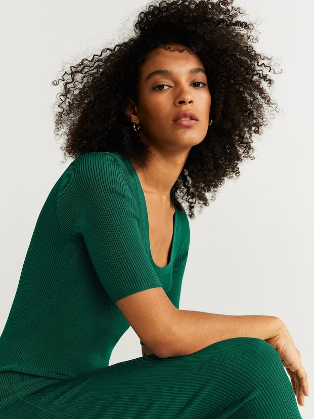 Keep It Cute And Warm With These Chic Sweater Dresses