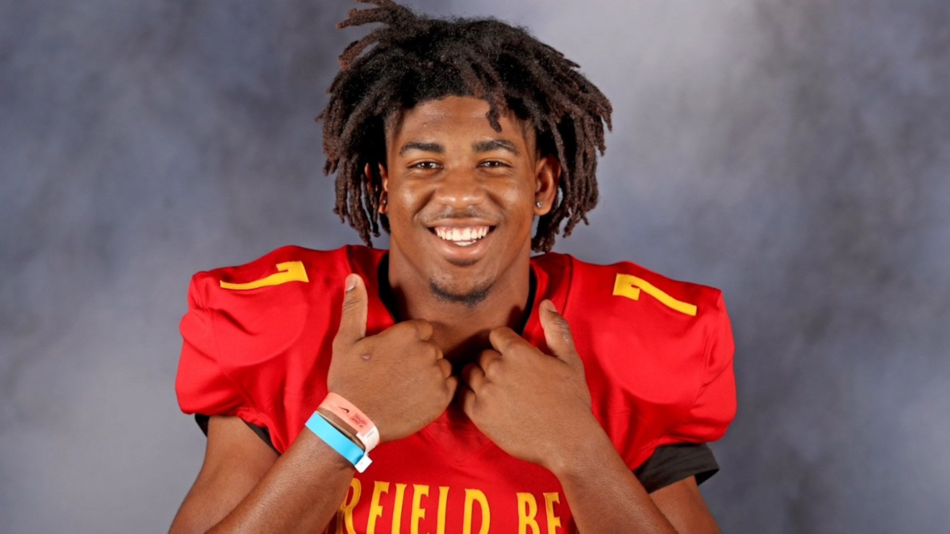 Family Of High School Football Star Who Died By Suicide Thank Public For Support