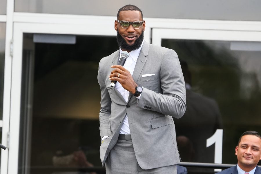 LeBron James Sign Two-Book Deal With HarperCollins - Essence