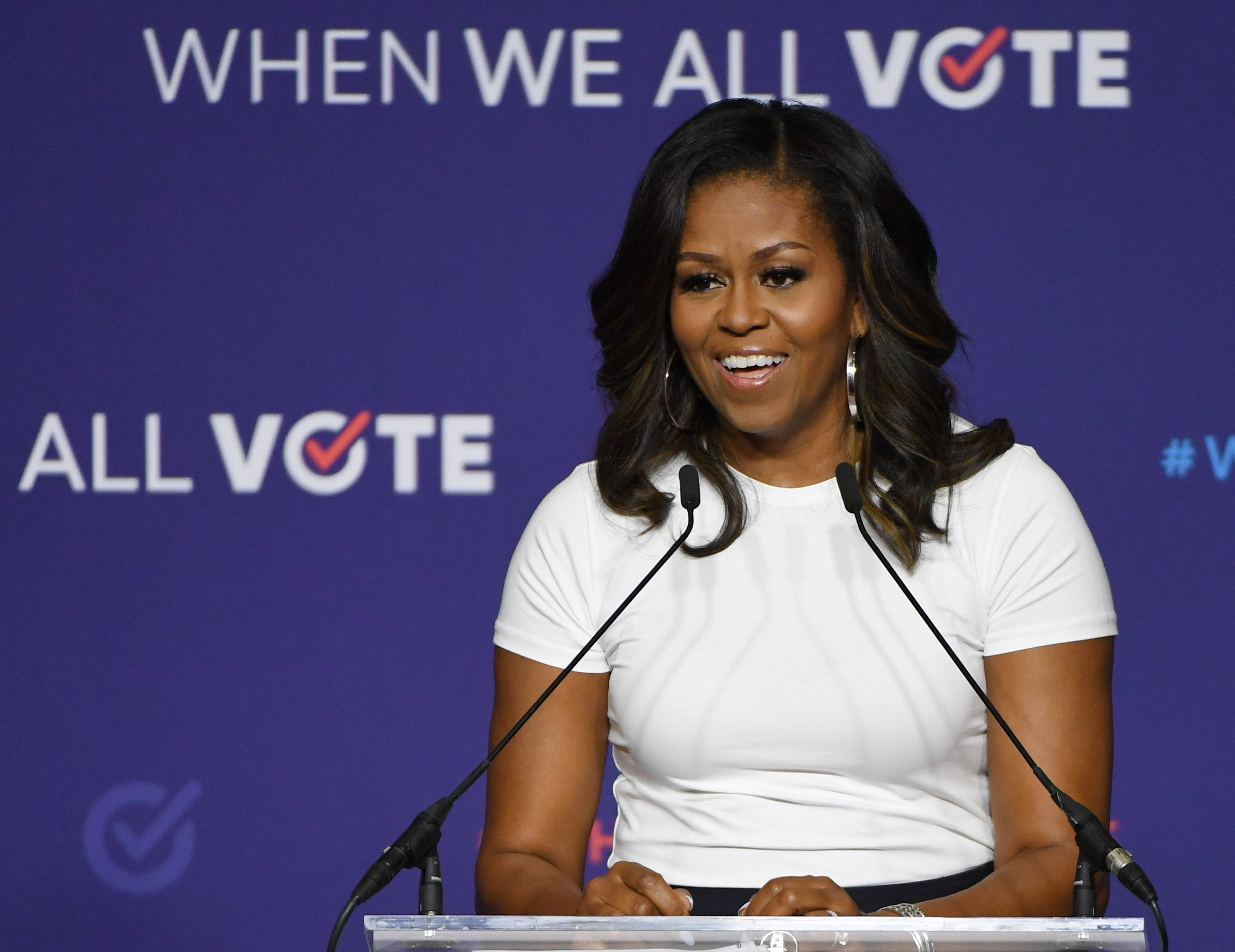 Michelle Obama announces virtual prom for 20 schools