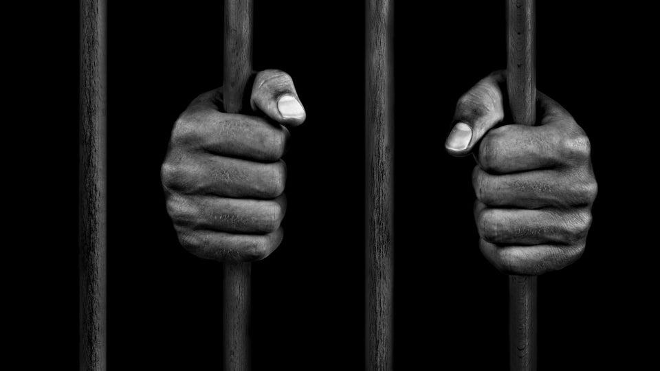 First Federal Inmate Dies Of Coronavirus In Louisiana