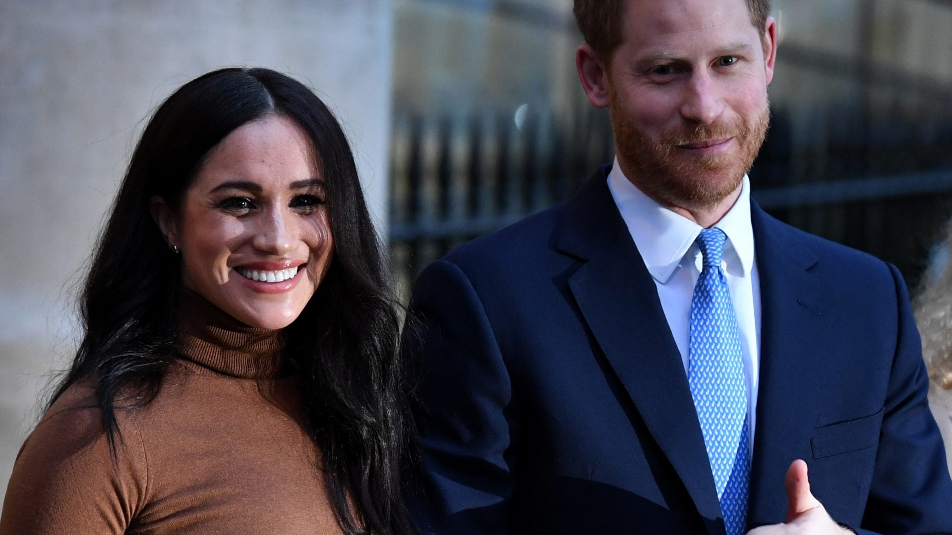 Meghan Markle And Prince Harry Deliver Food With Project Angel Food