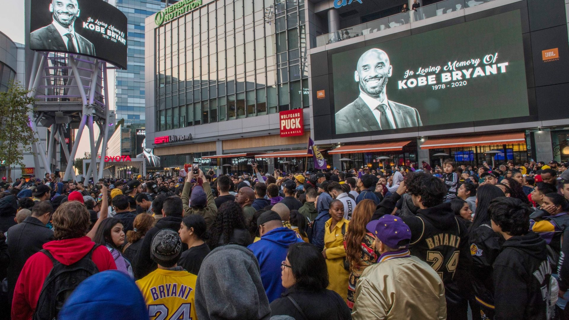 Investigation Into Kobe Bryant Helicopter Crash Could Focus On Fog: Reports