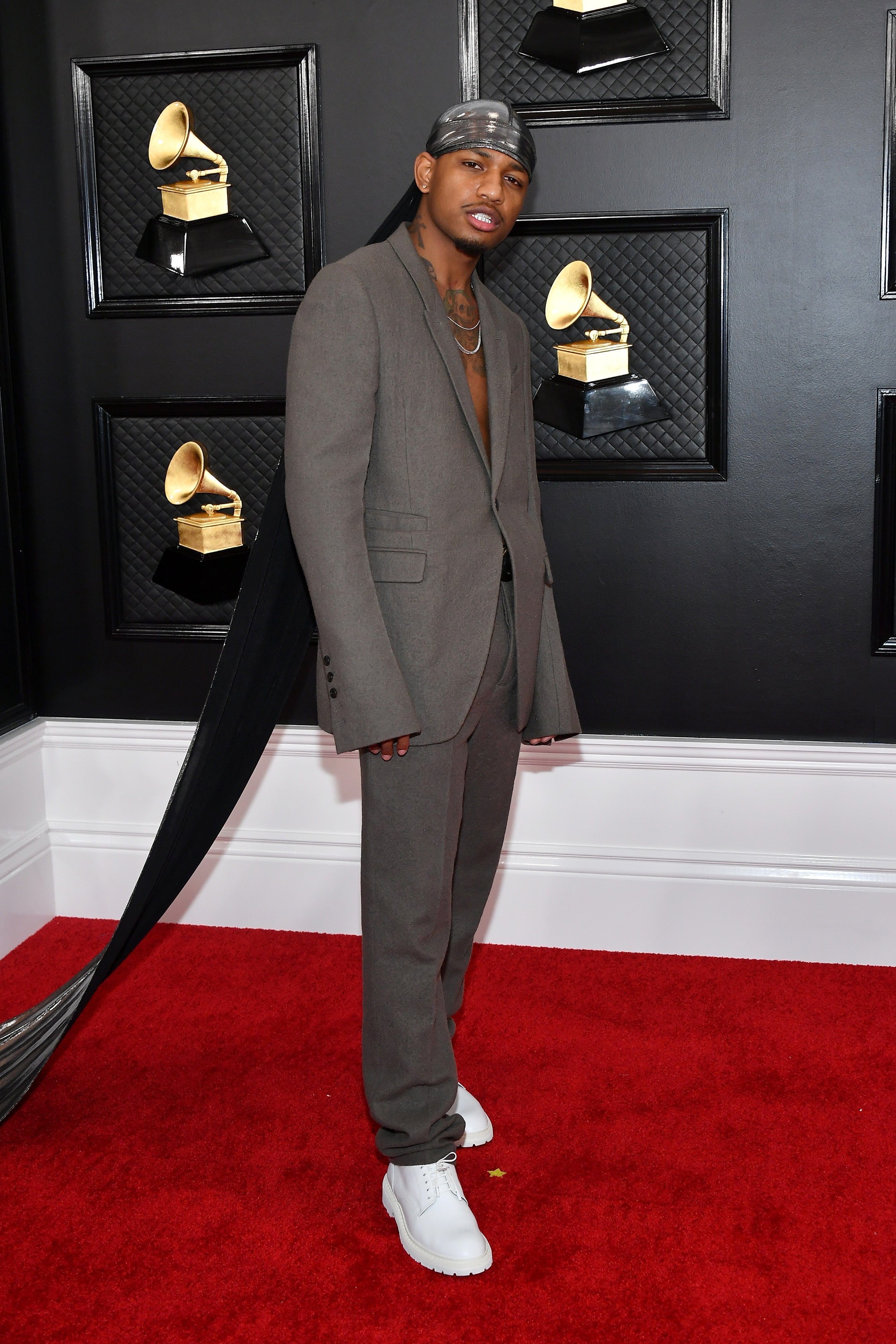 Guapdad 4000 Attends The Grammys In A 10-Foot-Lengthy Durag