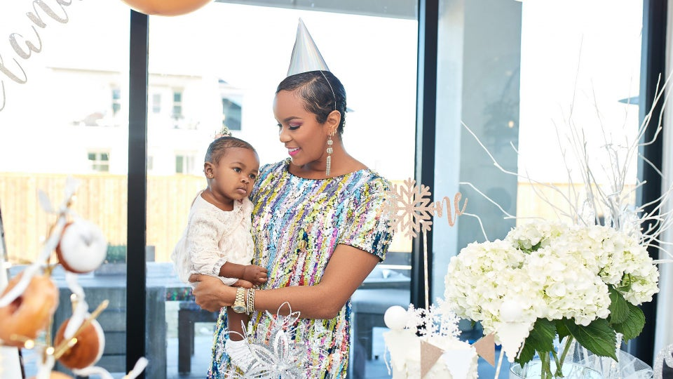 LeToya Luckett Throws Daughter Gianna A Winter Onederland Themed 1st Birthday Party