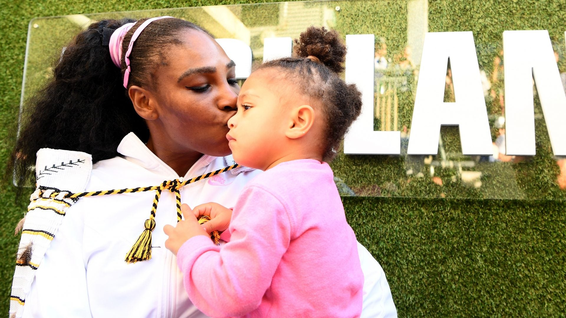Serena Williams Practices French With Her Daughter, Olympia