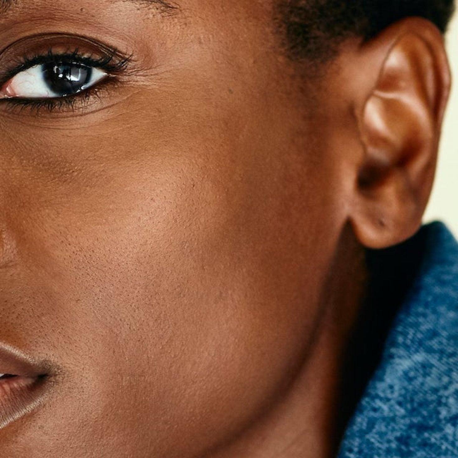 British Actress Tracy Ifeachor Wears God On Her Sleeve