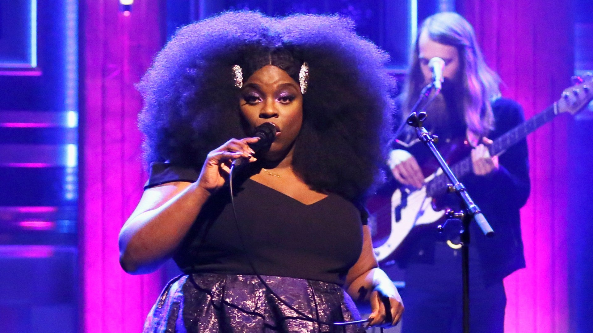 Yola Invokes Our Favorite Natural Beauties On 'The Tonight Show'