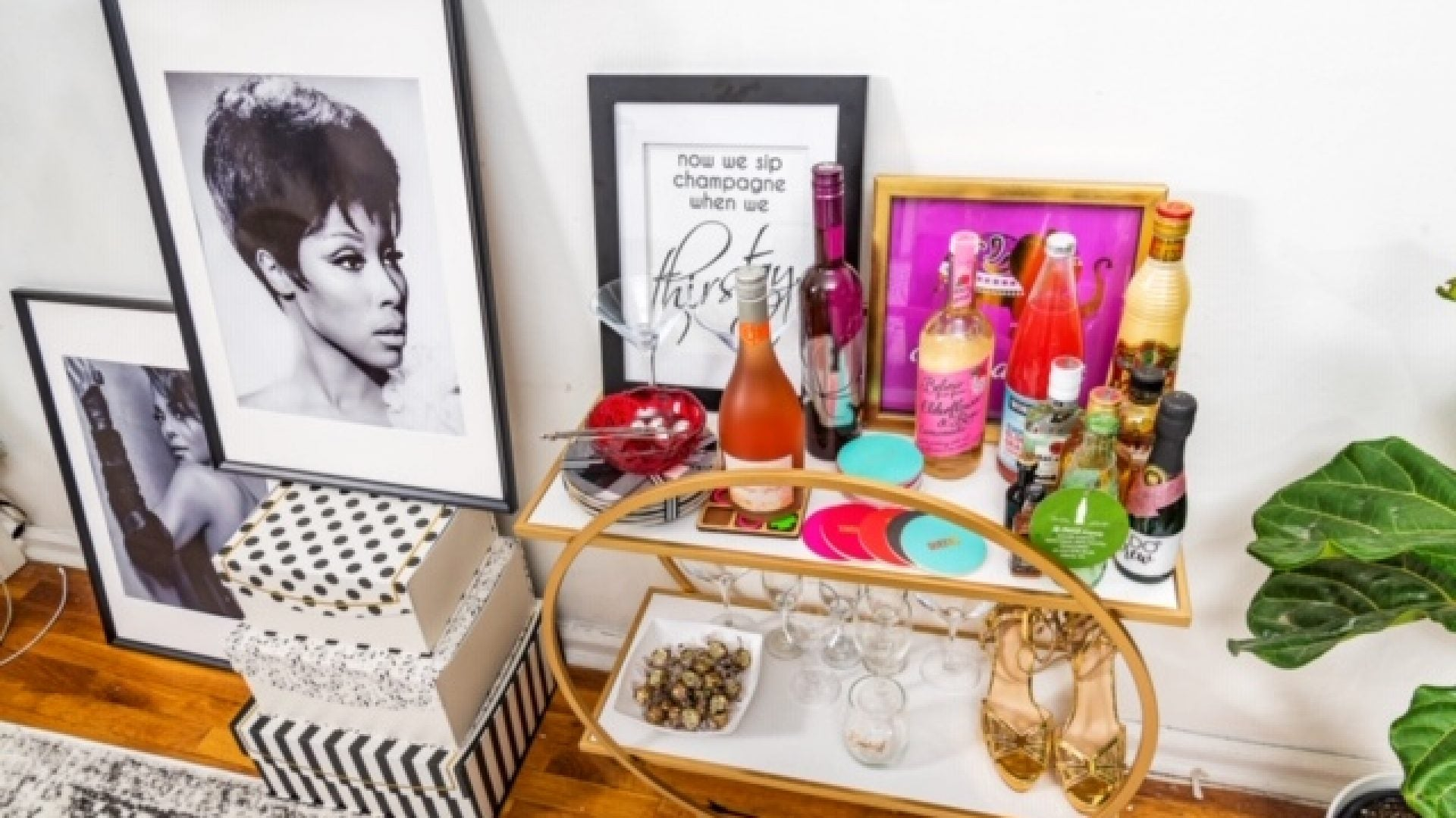 Create The Stylish Bar Cart Of Your Dreams With These Tips