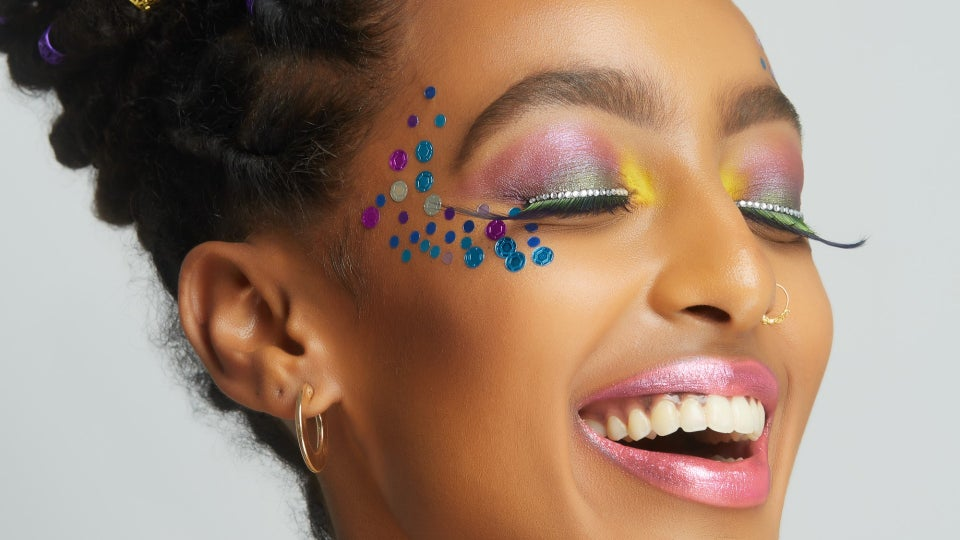 UOMA Beauty Wants To See Your Fiercest Carnival Looks