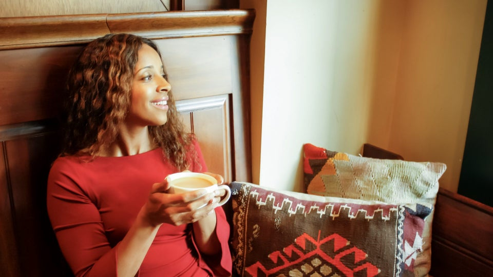 Advice On Celebrating Your Single Life While Still Making Room To Manifest Love