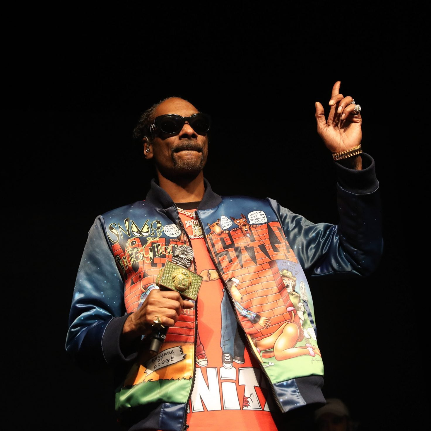 Snoop Dogg Apologizes To Gayle King For 'Disrespectful' Rant