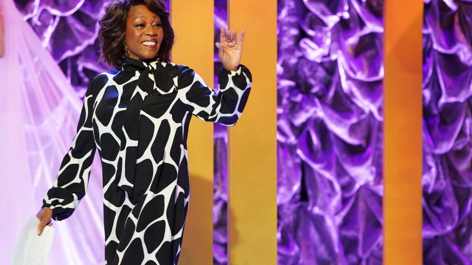 Alfre Woodard's Sistahs' Soirée Looks To 'Foster Camaraderie, Not Competition' Among Black Women