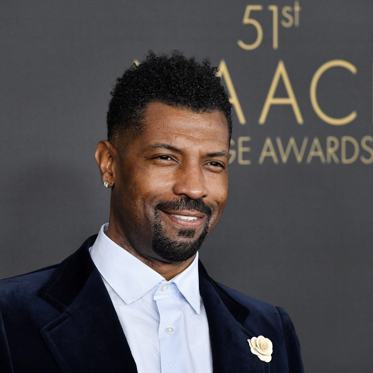 Deon Cole Addresses Homophobic Comments About His Bell Bottoms