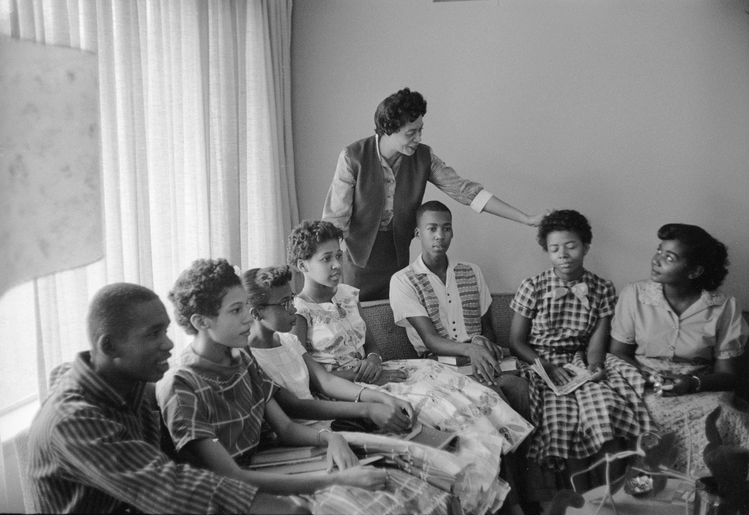Daisy Bates  talks with some of the Little Rock Nine at her home in Little Rock, Arkansas