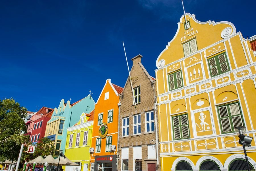 5 Reasons Curaçao Deserves To Be Your Next Baecation