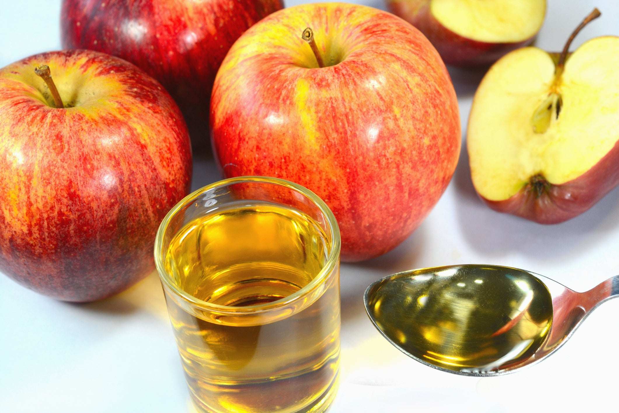 Uncover All The Benefits Of Apple Cider With These Gummies Essence