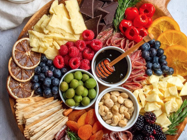 Create A Chic Cheese Board With These Helpful Tips