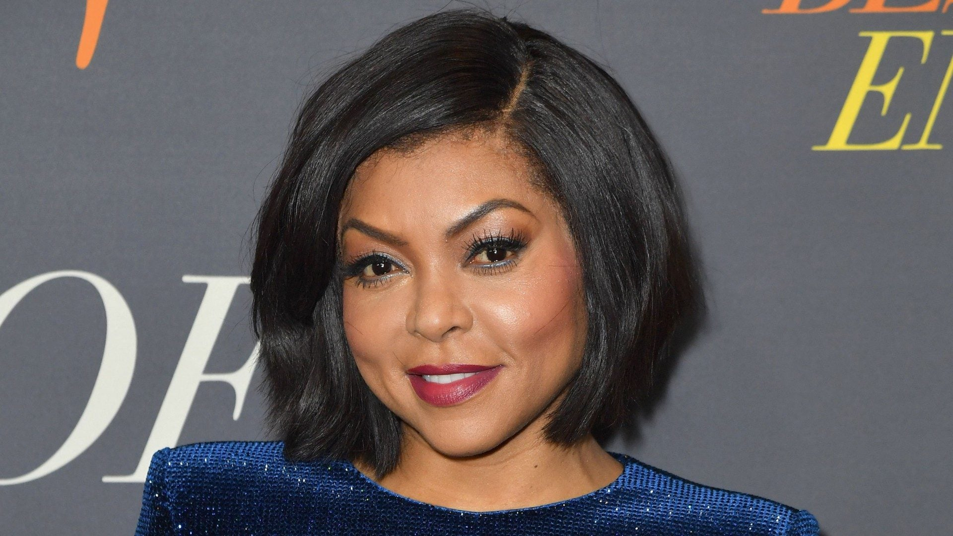 Taraji P Henson S Crimson Colored Curls Are A Must See Essence