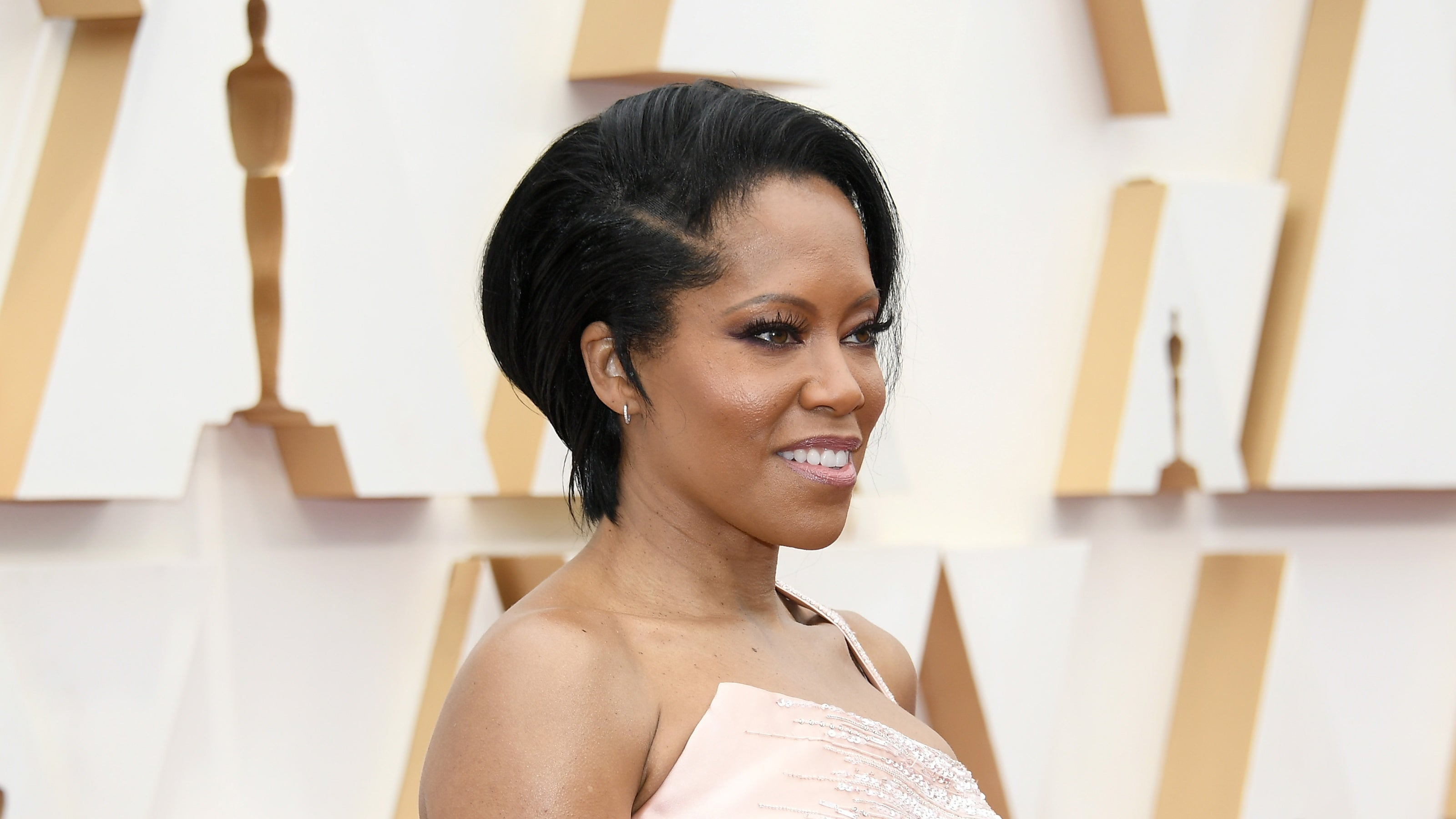 Regina Kings Stuns In Versace At The 2020 Oscars Essence