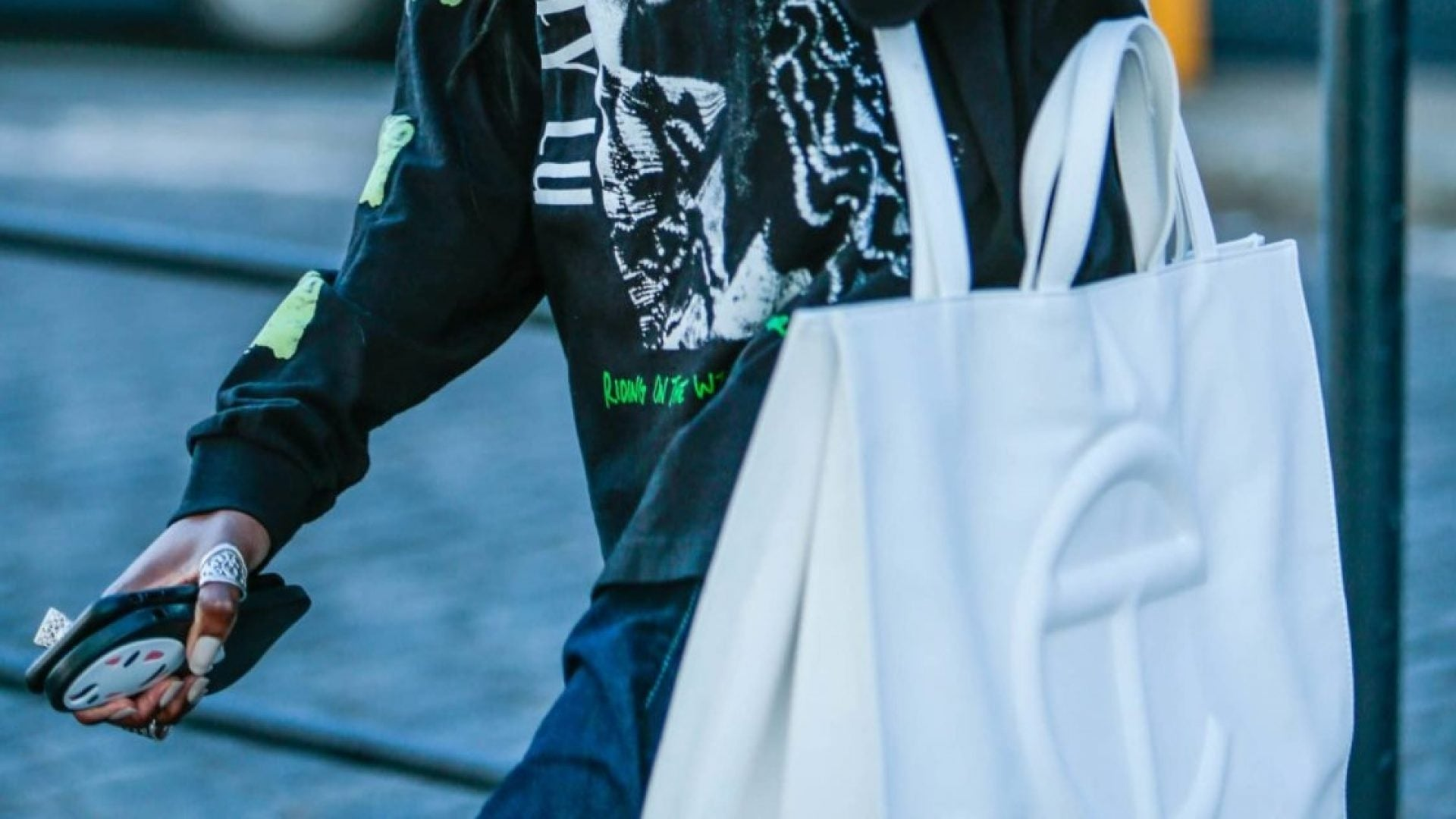 Editor's Pick: Telfar's New Colorways For Its Shopping Bag