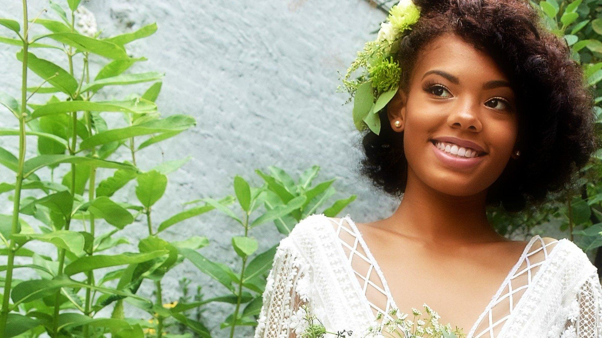 5 Classic Bridal Makeup Tutorials To