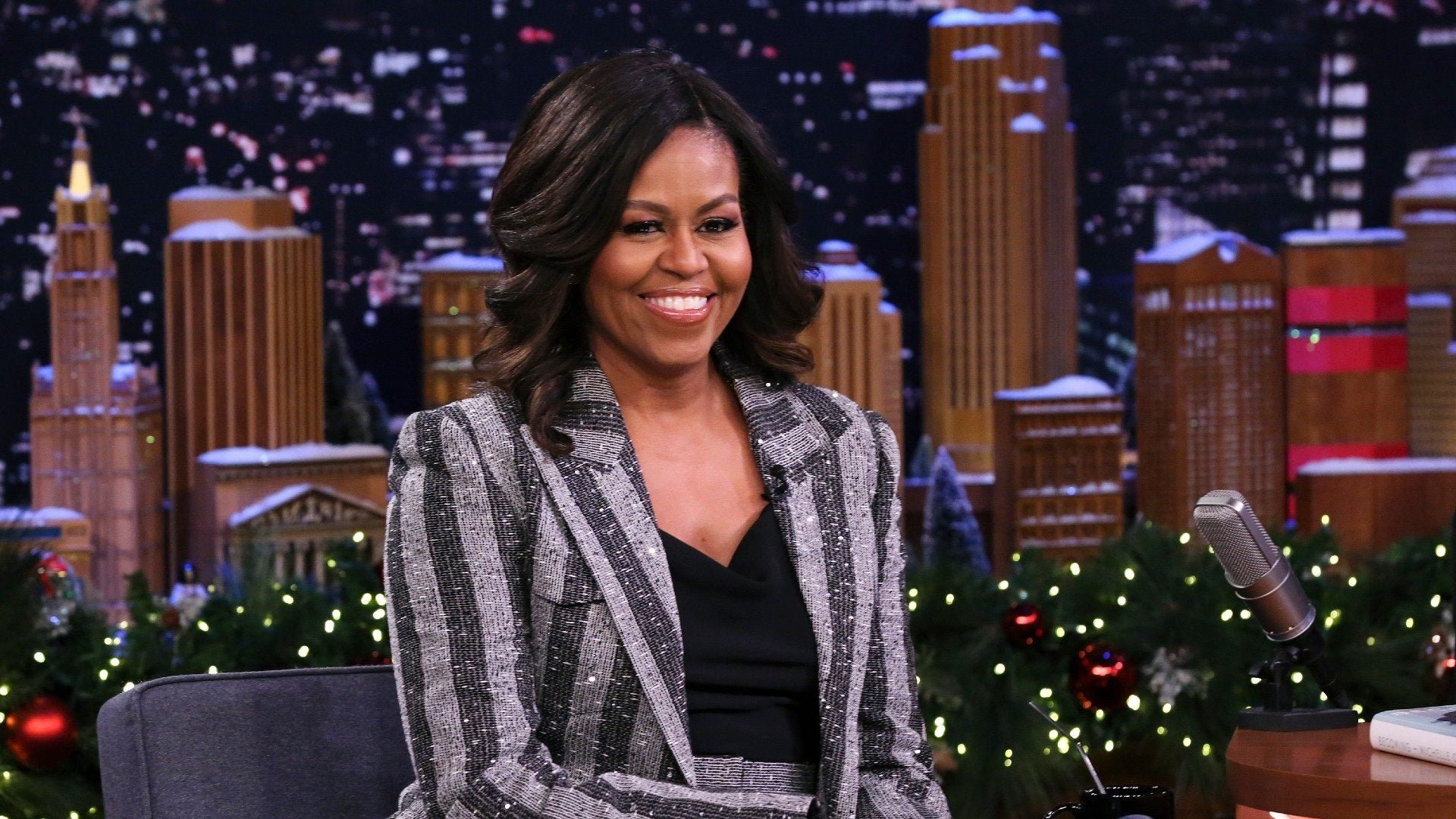Michelle Obama's Makeup Artist On The Dos And Don'ts Of Tool Cleaning