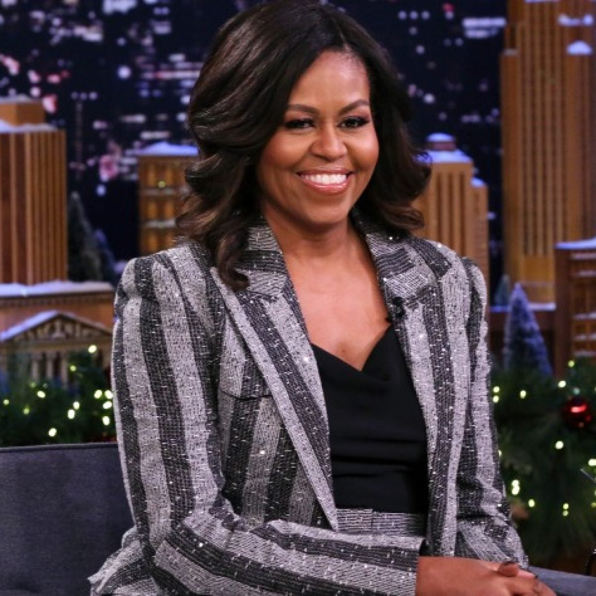 Michelle Obama's Makeup Artist On The Dos And Don'ts Of Beauty Tool Cleaning