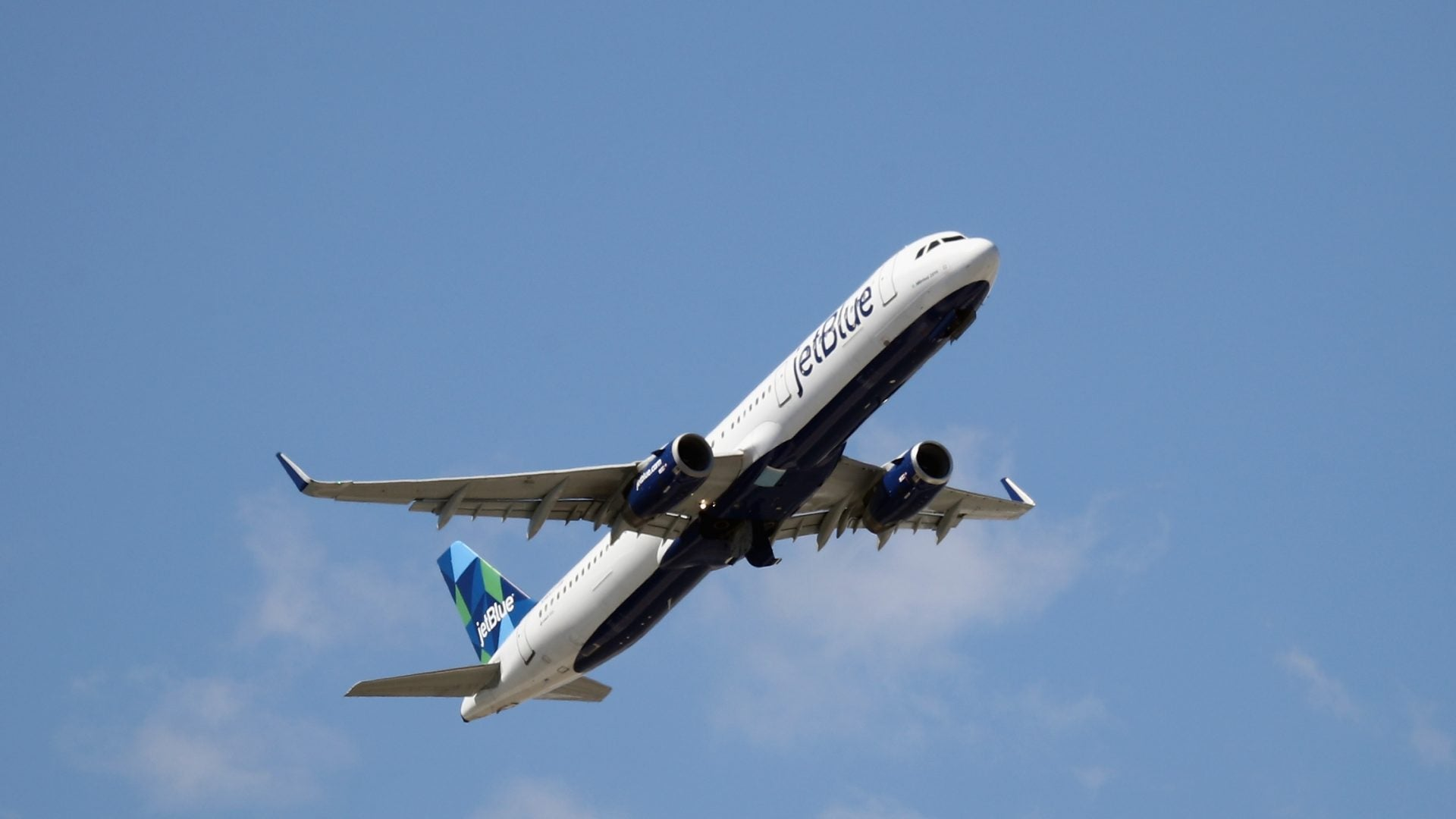 JetBlue Bans Passenger Who Was Awaiting Results For Coronavirus Test