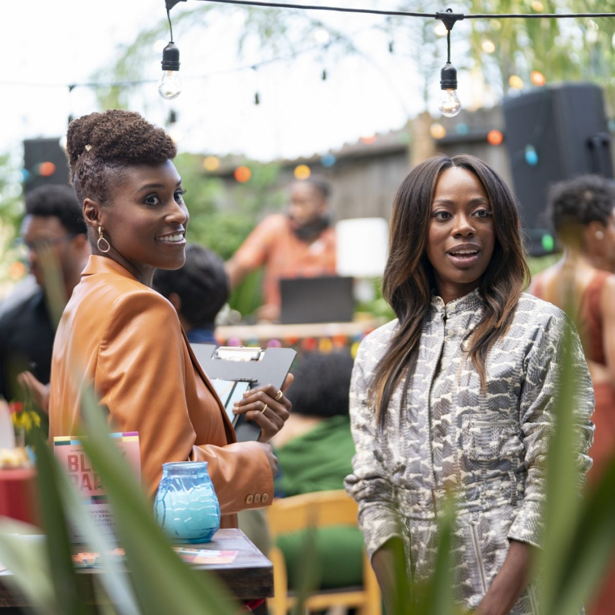 Issa Rae Explains The Real Reason Issa And Molly Are Fighting On 'Insecure'