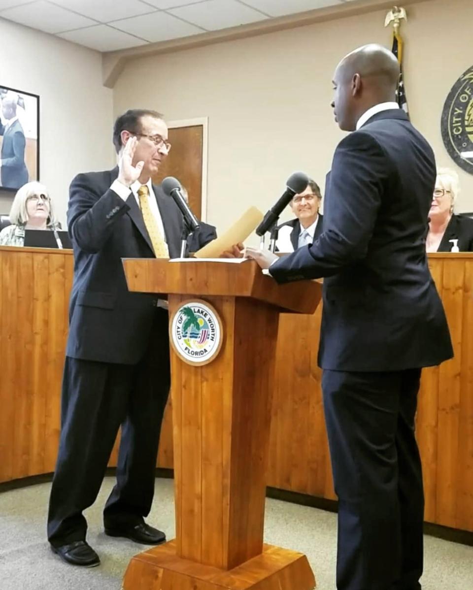 Omari Hardy taking oath of office in Florida