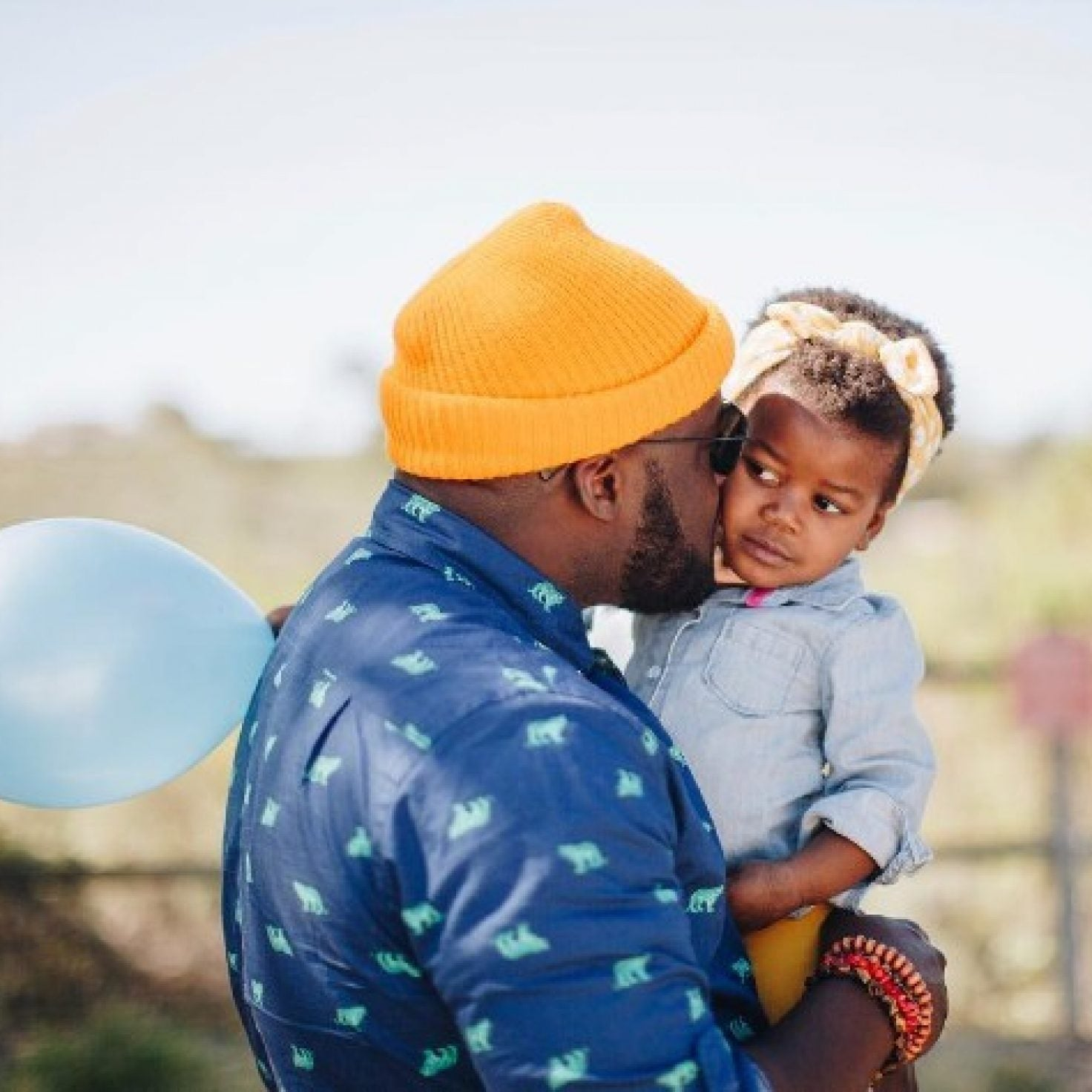 What I Double-Tapped This Weekend: This Cute Daddy-Daughter Head Wrap Moment
